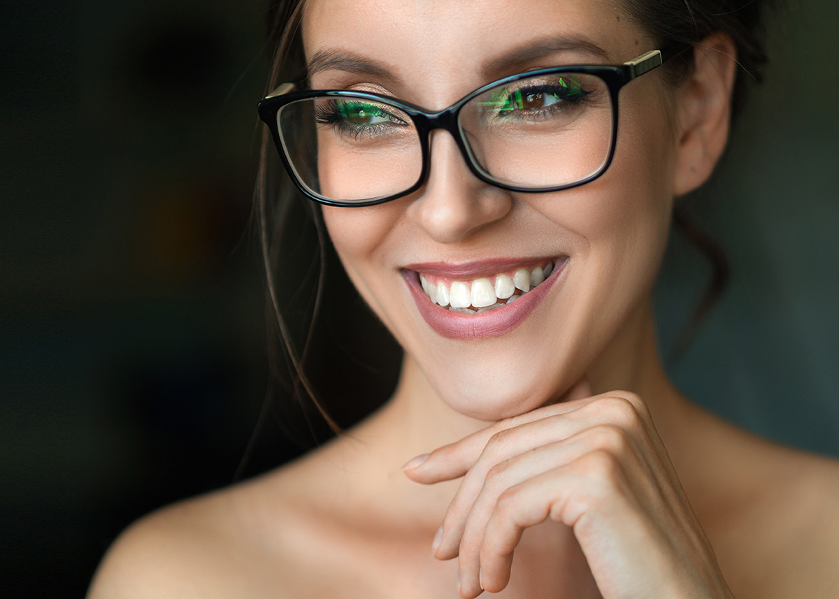 lady_in_eyeglasses